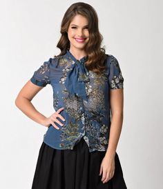 Retro Style Blue Floral Print Short Sleeve Sheer Button Top