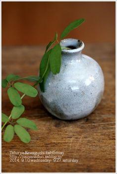 一輪挿し Kitchenware, Tableware, Ikebana, Ceramic Pottery, New Pictures, Vase, Asian, Ceramics, Simple