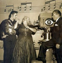 Elvis' third and final appearance on Sullivan's show on January 6, 1957,  Leny Eversong performs 'El Cubanchero'. Leny was famous for her powerful and potent voice and blonde look. @brirosa