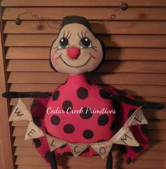 Lucy Ladybug E Pattern by CedarCreekPrimitives on Etsy