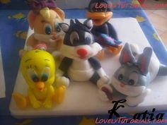 "МК лепка ""Looney Tunes"" -Gumpaste (fondant) Looney Tunes characters making tutorials - Мастер-классы по украшению тортов Cake Decorating Tutorials (How To's) Tortas Paso a Paso"