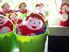 Party Favors (Ponyo puppets in a bucket) Mads