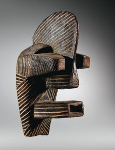 Rep of Congo. Picasso saw this? Congo, Art Tribal, African Sculptures, Art Premier, African American Artist, Africa Art, Masks Art, African Masks, Human Art