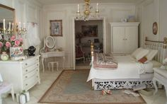 Miniatures - french bedroom