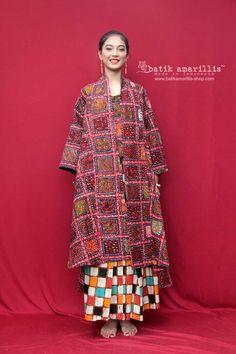Batik Fashion, Ethnic Fashion, Women's Fashion, Conservative Outfits, Batik Kebaya, Amarillis, Ethnic Chic, Textiles, Fashion Ideas