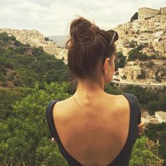 backless t shirt, inspitaion Ragusa, Sicily