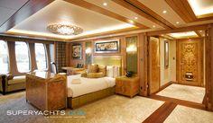 http://www.superyachts.com/syv2/resource/585-340-95-c-c61d/superyachts/property/yacht/resource/superyacht-solandge-16545.jpg