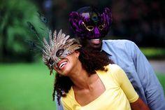 O Carnaval está quase aí e a gente preparou dicas pra você aproveitar a folia de bem com seu corpo! ;)