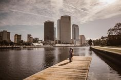 Your engagement photos should reflect who you are as a couple, and why not include your city! Saul Cervantes has traveled from California to Florida taken unbelievably perfect photos for your wedding! Click the image to learn more. Photo credit: Saul Cervantes Wedding Photography
