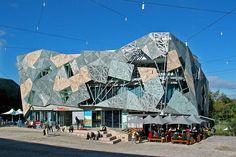 Federation Square in Melbourne, a fine example of Deconstructive architecture in the multi-cultural Victorian capital. Amazing Architecture, Architecture Details, Architecture Art, Unusual Buildings, Ludwig Mies Van Der Rohe, Old Building, Cultural, Deconstruction, Places To Visit