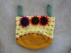 crochet sunflower yarn stash bag, crochetbug, crochet stash basket, crochet flowers, crochet tote