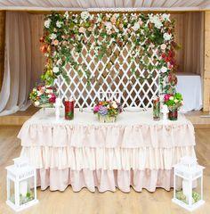 woodland wedding backdrop, президиум молодоженов в лесном стиле