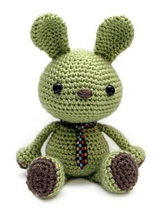 Wasabi the bunny - Zoomigurumi 1 (Amigurumipatterns.net | Books - Zoomigurumi, Amigurumi Winter Wonderland & Amigurumi Animals at Work)