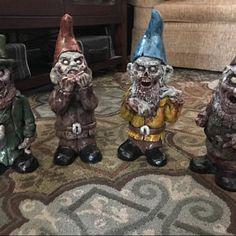 The Texas Chainsaw Butcher Zombie Christmas, Halloween, Christmas Ideas, Creepy Horror, Holiday Crafts, American History, Geek Stuff, Santa, Hand Painted
