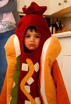 Cutest little Hot Dog #costume in the whole world. And it's not even my kid.