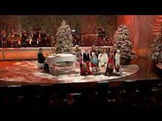 ▶ Andrea Bocelli & David Foster - Santa Claus Is Coming To Town - YouTube