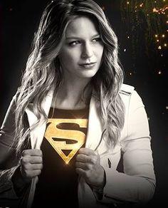 Melissa Benoist AKA Supergirl