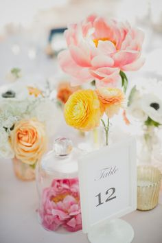 lovely table decor ideas from Floral Occasions. So incredibly pretty.