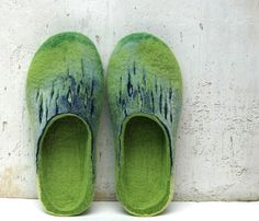 Felted slippers Green and blue