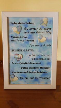 Geldgeschenk zur Konfirmation des Patenkindes  (Hintergrund mit Aquarellfarbe-Nass in nass, Schrift mit dem Drucker aufgedruckt, dazu 20 Euro Scheine zu Herzen gefaltet)