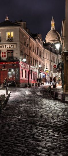 .~Montmartre, Paris, France~.