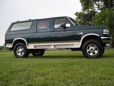 Ford SUV Conversion by Centurion Vehicles Ford Bronco, Bronco Truck, Ford Obs, Car Ford, Ford Lincoln Mercury, Ford Ranger Truck, Ford Diesel, Ford Excursion, Ford Pickup Trucks