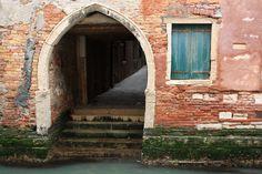 https://flic.kr/p/cxqdc1   Venetian Passage