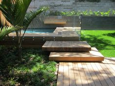 Pool Landscaping Ideas a Minimalist Swimming Pool on a Tiny Page? Surely it would be very nice to have a swimming pool at home. Oberirdischer Pool, Pool Fence, Pool Decks, Timber Stair, Timber Deck, Wood Stairs, Patio Chico, Moderne Pools, Garden Steps