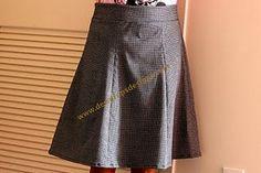 Simple skirt pattern - free  http://rowena.typepad.com/rostitchery/infinity-dress.html