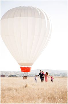This session leaves me speachless. Its officially a dream of mine to use a hot air balloon in a session...for my family or a client!    Ashlee Raubach Photography