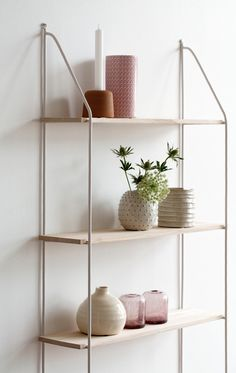 Søstrene Grene - Find inspiration, nearest stores and much Scandi Living, Home And Living, Scandinavian Shelves, Chaise Vintage, Playroom Decor, Shelf Design, Home Staging, Interior Inspiration, Shelving