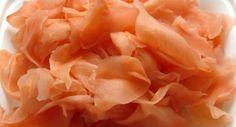 Aprenda a fazer uma receita super fácil de Gari (gengibre em conserva). Esse prato tradicional da culinária japonesa serve aproximadamente 6 porções. Leia também: Receita de rolinho de carne com vegetais Arroz japonês: Gohan Receita de cozido japonês Ingredientes: 400 g de gengibre em fatias 1/2 xícara (chá