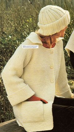 Blog de tricot et crochet répertoriant d'anciens modèles, des modèles vintages, de pulls tubes et de pulls qui se tricotent d'une pièce. Knitting Projects, Knitting Patterns, Knit Crochet, Crochet Hats, Baby Sweaters, Knit Cardigan, Men Sweater, Vintage Fashion, Embroidery