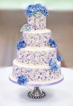 Spring wedding cakes on pinterest wedding cakes daisy cupcakes and