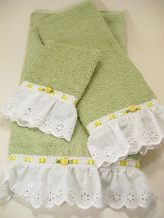 Hostess Guest Towel Set Bath Hand Wash Cloth Hand Embellished Spring Green White Yellow Eyelet Satin Roses