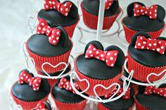 Minnie Mouse Cupcakes Minnie Mouse, Cupcakes, Candy, Sweet, Desserts, Food, Bar, Sweet Recipes, Food Cakes
