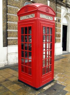 British Red telephone box. Easy to spot, very familiar.