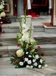 Image result for pierwszokomunijne dekoracje kwiatowe ołtarza Altar Flowers, Wedding Ceremony Flowers, Church Flowers, Funeral Flowers, Funeral Floral Arrangements, Spring Flower Arrangements, Big White Flowers, White Wedding Flowers, White Flower Centerpieces