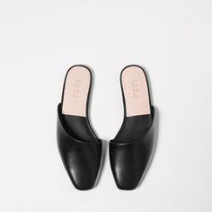 Image 5 of FLAT ASYMMETRIC SLIPPER SHOES from Zara