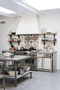 Amanda Pays Kitchen Backsplash