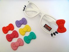 9f10cd9c49 Hello Kitty glasses with changeable bows!