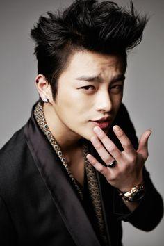 South Korean singer and actor, Seo In-guk