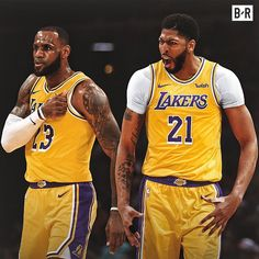 Breaking: Anthony Davis is headed to the Lakers for Lonzo Ball, Brandon Ingram, Josh Hart and 3 round picks, including No. 4 overall… Nba Lebron James, King Lebron James, King James, Mvp Basketball, Basketball Pictures, Kentucky Basketball, Basketball Legends, Kentucky Wildcats, College Basketball