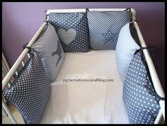 tour de lit coussin gris