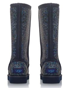 UGG Boots, covered with SWAROVSKI CRYSTALS. perfect boots for cold days