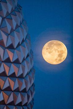 Super Moon overlooks Epcot's Icon