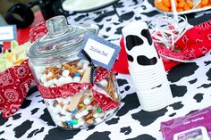 Howdy Y'all! A Cowboy Birthday Party (and winner) - Scissors & Spatulas {and everything in between}Scissors & Spatulas {and everything in between}