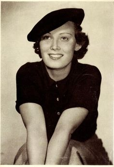 Lida Baarova 1930s Fashion, Vintage Fashion, Vintage Love, Vintage Hats, Western Hats, Golden Age Of Hollywood, Mad Men, Actors & Actresses, Vintage Inspired