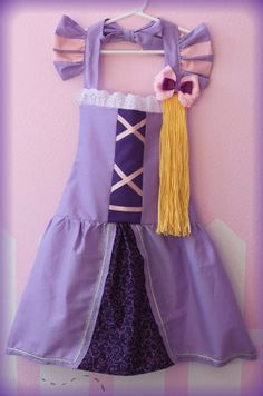 Tangled Rapunzel Princess inspired dress up Apron. I bet I can make it