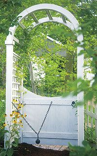 Love the arched entry.